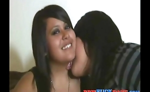 Foreplay and pussy licking between three fat sorority girls