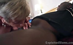 Mature Grandma with Fat Breast lets a Negroid Cock cum Inside the brush Creampie Video
