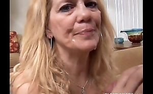 Beautiful mature blonde loves to have sex