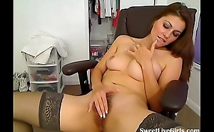 sweet redhead fingering on a chair(3).flv