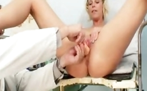 Hot Gabriela getting naked in gyno meeting together with being abashed during gyno