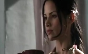 Lucy Illicit and Katrina Law in Spartacus