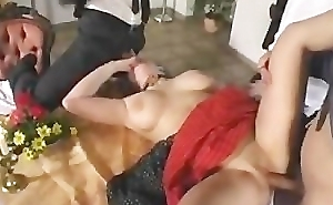 Zuzanna - Gangbang in Lunch-room