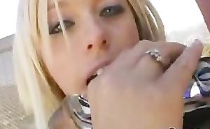 Brittney Skye pleased herself with a heavy dildo