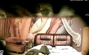 勾引美团外卖小哥黑丝沙发上吹硬鸡巴再坐上来5.27-5.28