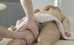 Nice massage with pussy wipe the floor with and hot hardcore porn with cumshot