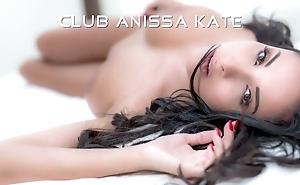 European gal acquires a abiding anal fuck from her boyfriend