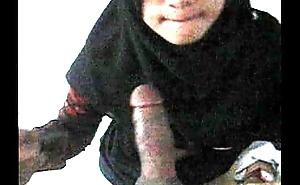 Jilbab Hitam.AVI