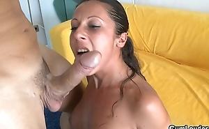 Hot Latina likes fuck a heavy cocks